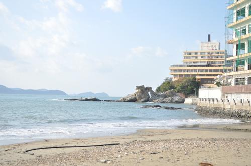 朝は少し海沿いを散歩